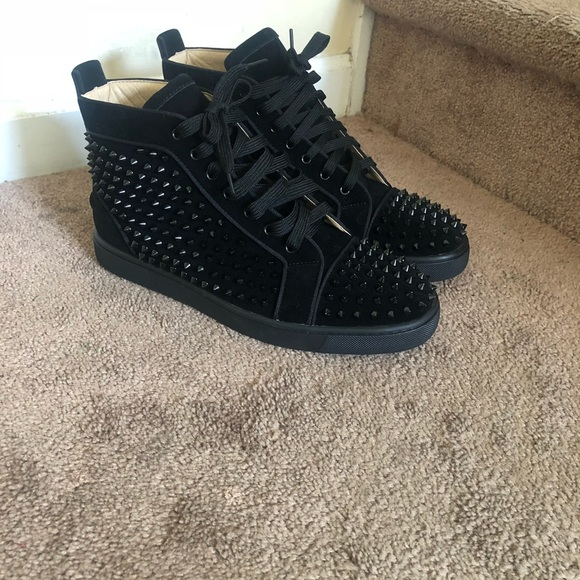 Christian louboutin size 44 is 10